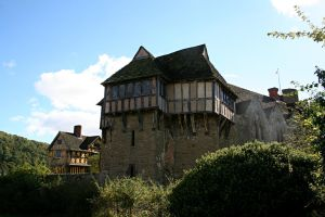 Stokesay Castle 12 by OghamMoon