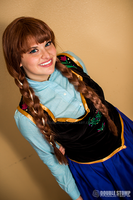 Anna of Arendelle by shelbeanie
