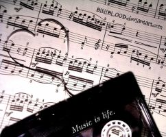 Music is life. by BibiiBLOOD