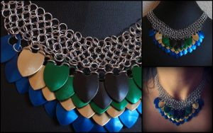 Peacock feathers necklace - improved design by MermaidsTreasury