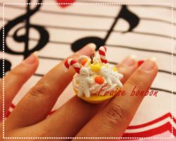 holiday creamy treats charm by Fraise-Bonbon