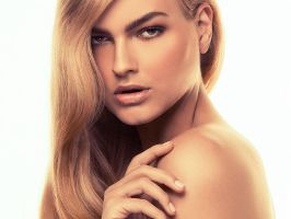 Beauty Retouch Rollover by PorterRetouching