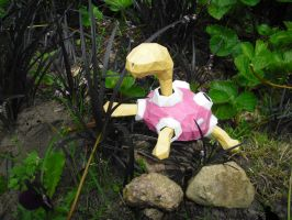 Shuckle papercraft by TimBauer92