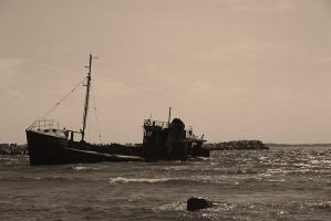 Shipwreck by aare
