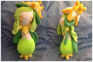 Lilligant Plush by SmuggleMuffin
