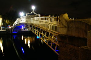 Dublin by night by ottomatt