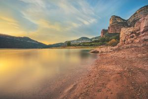 Pantano de Sau, Spain by Witoldhippie