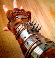 Raider's Gauntlet by heartofcinder