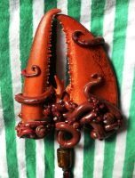 Lobster Claw Pendant by BlackMagdalena
