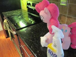 Pinkie helps with the Kitchen by Template93