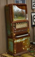 Rusty Old Candy Machine by boron