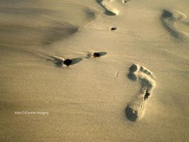 Footsteps by mazzman