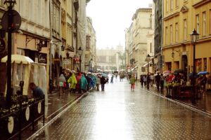 Cracow in rain by lorendil