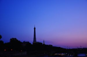 Paris. by Romylyn