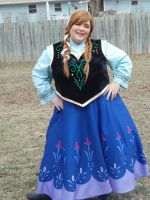 Anna of Arendelle II by Labyrinthinwyrm