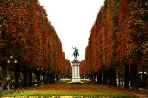 Paris in autumn colours by kristinloft
