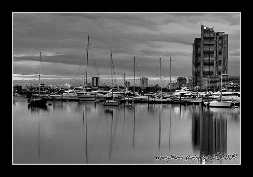 Harbour by timomonty