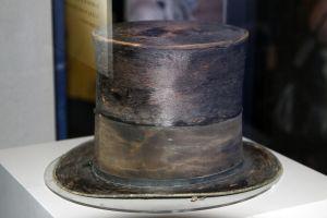 Abe Lincoln's Hat by renthegodofhumor