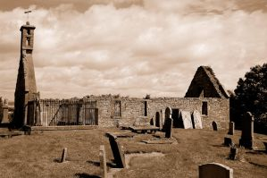 Ruined Chapel at Eassie by lichtie