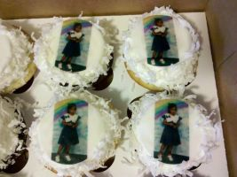 Happy Birthday, Malini cupcakes with edible image by missblissbakery