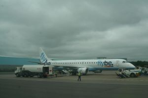 Flybe at Southampton by tammyins