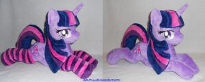 Laying Princess Twilight Sparkle (closed wings) by agatrix