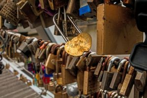 Love Lock by DanielleMiner