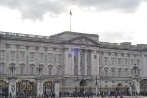 Buckingham Palace by Sotographi