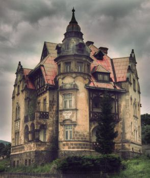 castle house by richwind
