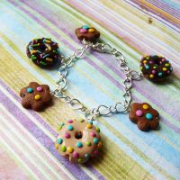 Chocolate bracelet by lemon-lovely