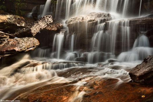 The Crystal Cascade by erezmarom