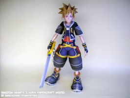 Kingdom Hearts Sora papercraft by ninjatoespapercraft