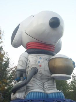 Giant Snoopy by JessicaRabbit96