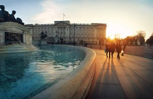 Buckingham Palace by TamarViewStudio