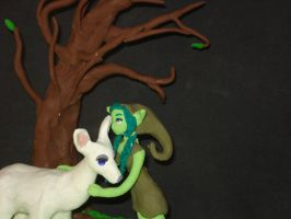The Goblin Girl and the White Doe (claymation) by Xiakeyra