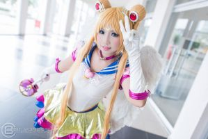 La Moon - Eternal Sailor Moon by MonicaWos