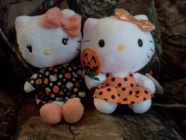 Hello Kitty Halloween Dolls by Bjnix248