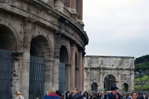 coliseum and arch by MartieRM