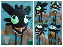 Toothless Mask by TheCrochetDragon