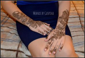 traditional mehndi on hand by Gaspina