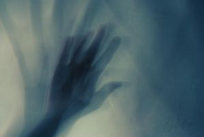 15-03-2012 - Hands by Golldfire