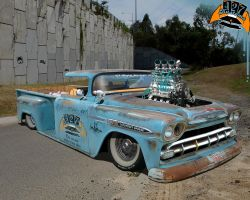 '59 Chev Side-step by Hemi-427