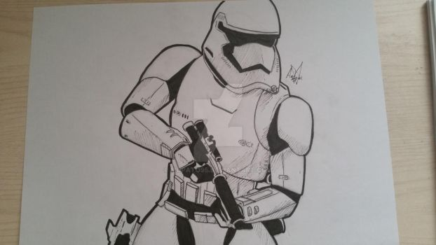 Stormtrooper by McPato95
