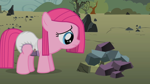Little Pinkie isn't potty trained by MyLittleDiapers