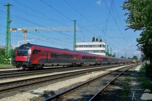 Double Railjet in Gyor on 2009 by morpheus880223