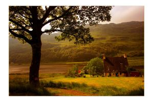 Lochside Cottage by paddimir
