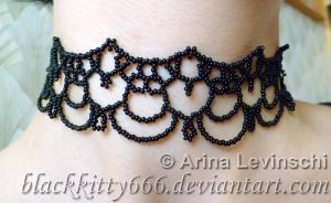 Beaded hearts lace necklace by la-chatte-noire