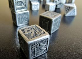 Dice by Teuril