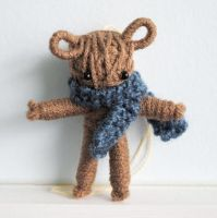 String Teddy Bear by windowfog