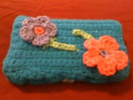 Crochet DS Case with girly flowers (button view) by lovechairmanmeow